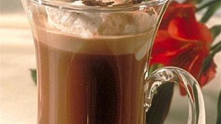 Varm sjokolade med kremtopp