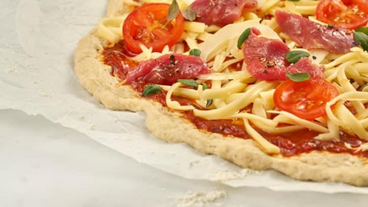Pizza med biff og løk
