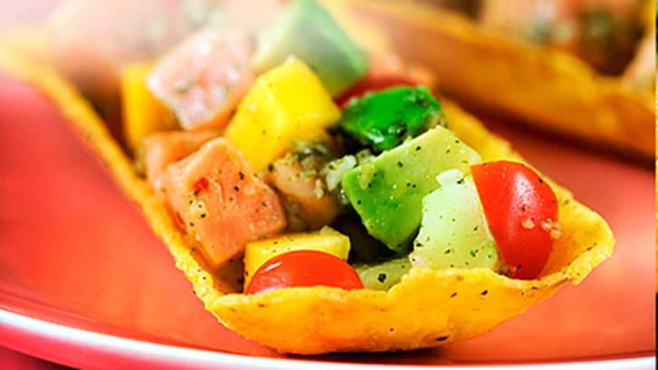 Ceviche med laks, avokado og fersk koriander