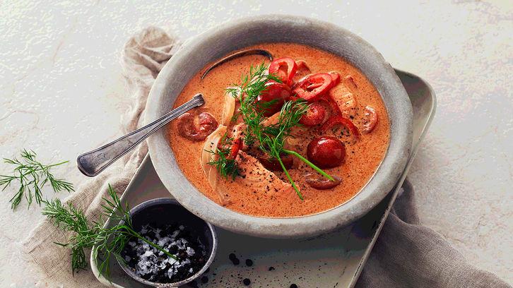 Laksesuppe med fennikel og tomat