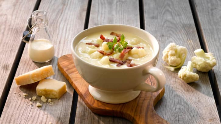Kremet Blomkålsuppe med bacon og parmesan