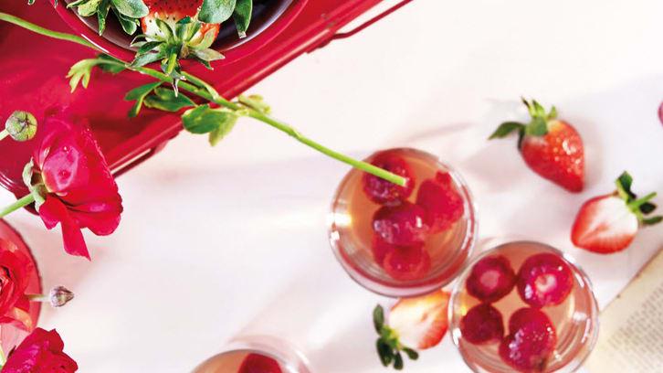 Sommerlig jordbærdrikk