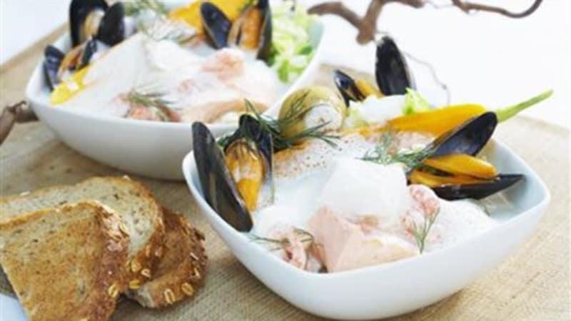 Fiskesuppe med skalldyr