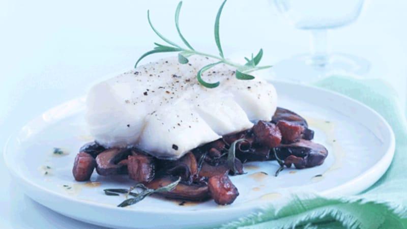Skreiloins med chorizo og portobellosopp