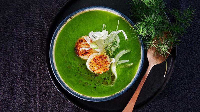 Grønn ertesuppe m/fennikel og kamskjell
