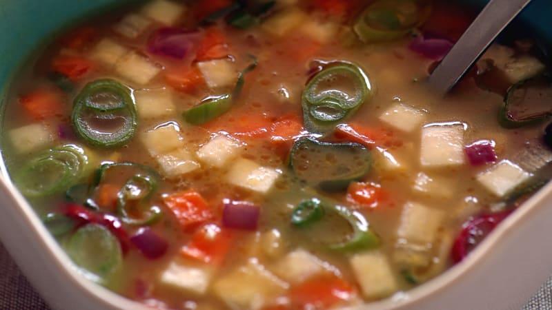 Sitrussuppe med rotgrønnsaker