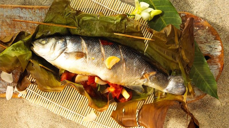 Grillet fisk på asiatisk vis