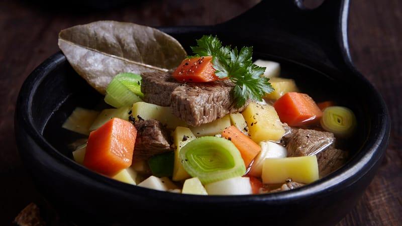Hjemmelaget kjøttsuppe