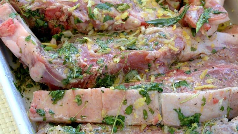 Sitronmarinerte lammekoteletter