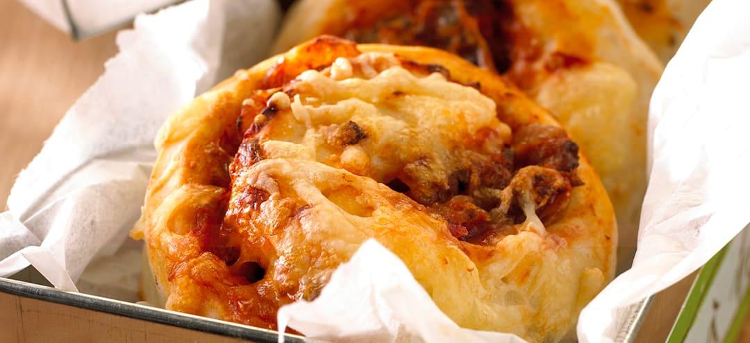 Ukens oppskrift: Pizzasnurrer med kjøttdeig