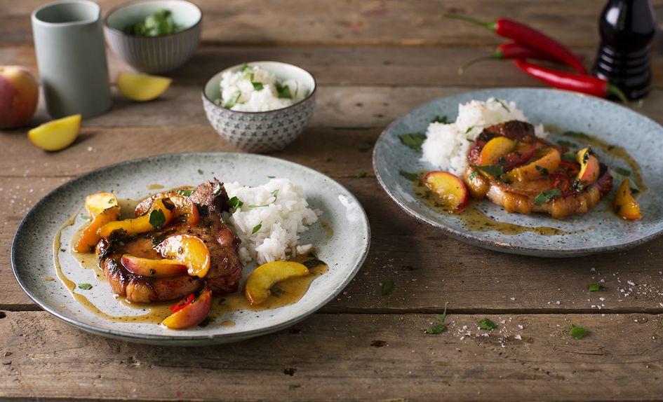Svinekoteletter med nektarin og chili