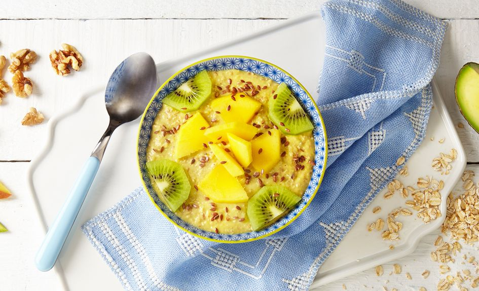 Smoothie bowl med mango og avokado