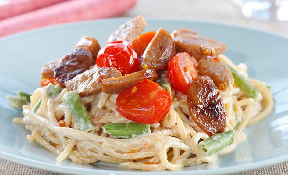Medisterpølse med kremet spagetti