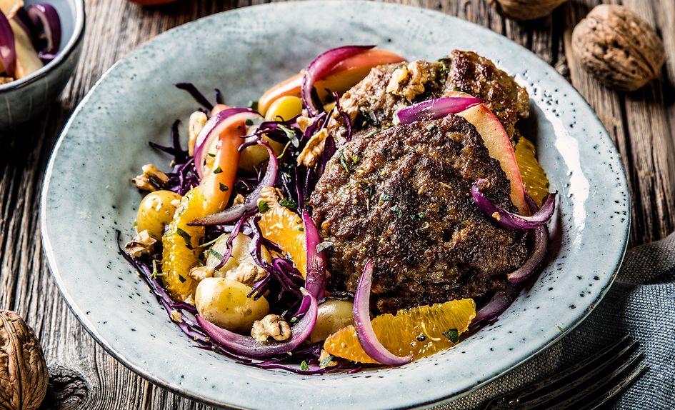 Karbonader med rødkålsalat