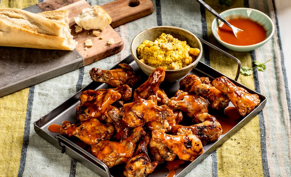 BBQ marinerte kyllingklubber med maisstuing