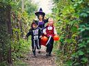 Halloween-kostymer og blodig popcorn