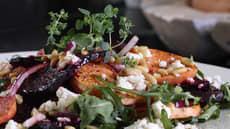 Lun søtpotet- og rødbetsalat