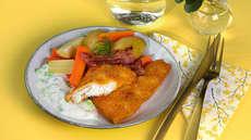 Sprøbakt torsk med bacon og hvit saus