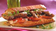 Biffsandwich med tomatsalat