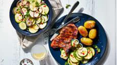 Sommerkoteletter med squashsalat