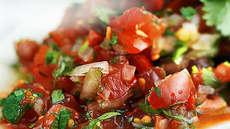 Tomat-og koriandersalat - fin til taco