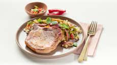 Sommerkoteletter med nudelsalat