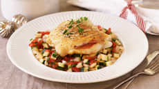 Stekt torsk med grønnsakssalsa