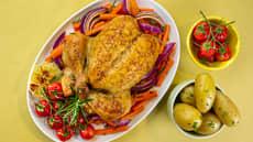 Helstekt kylling med ovnsbakte grønnsaker