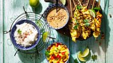 Kyllingspyd  med peanøttsaus og mangosalsa