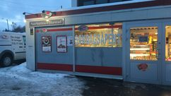Fasade Nærbutikken Harstad
