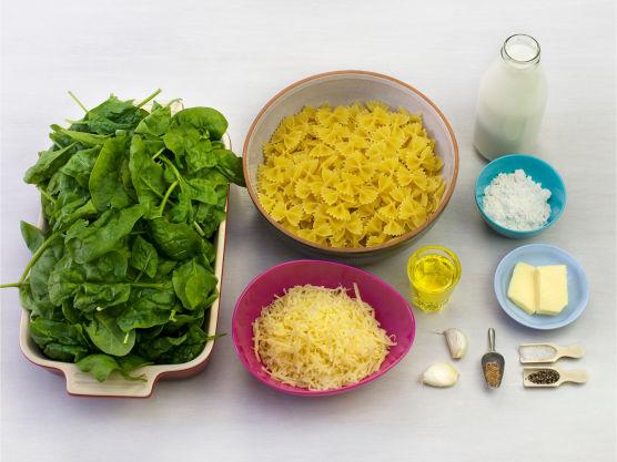 En mild, kremet og superenkel familiemiddag! Bruk gjerne gorgonzola eller annen mild blåskimmelost.