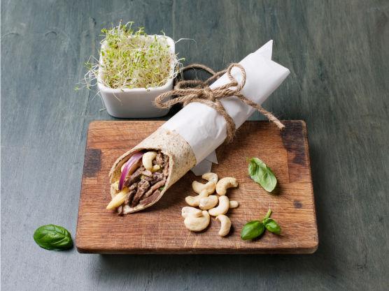 Godt og enkelt! Næringsinnhold pr 100 g:energi kcal 140,protein 12,5 g, karbohydrat 12 g, fett 4,2 g, derav mettet fett; 1,1 g,salt, 0,3 g. Utviklet i samarbeid med matforskningsinstituttet Nofima.