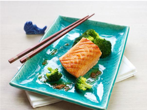 Stekt laks med brokkoli og soyasmør
