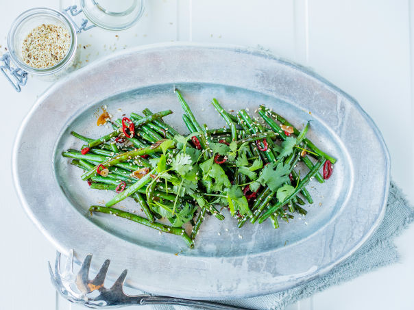 Stekte grønne bønner med hvitløk, chili og oyster sauce