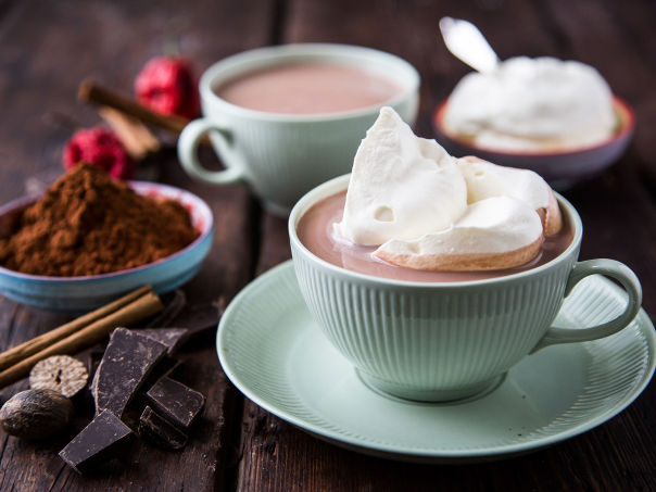 Varm sjokolade med krem