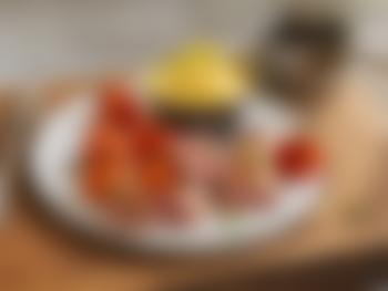 Lammefilet med bakte tomater og fløtepoteter