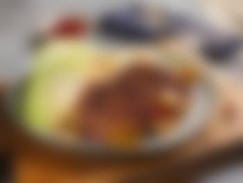 Viltkarbonader med sopp, kål og selleripuré
