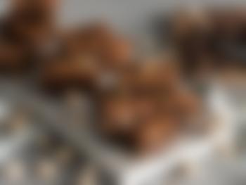 Brownies med pistasj og hvit sjokolade