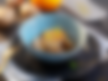 Kamskjell med bakt jordskokk og eple