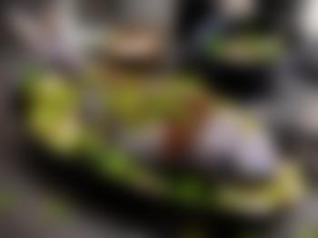 Helstekt dorade med sesamfrø og fennikel
