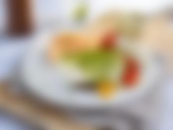 Torskefilet med ovnsbakte grønnsaker