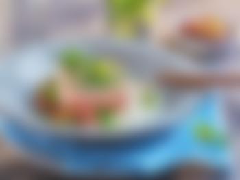 Urtebakt laks med ratatouille og potetmos