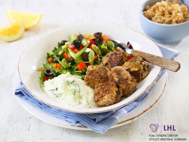 Kjøttboller med oliven og fetaost