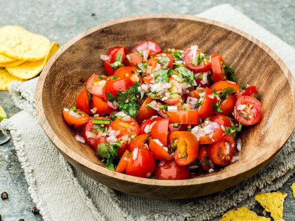 Enkel hjemmelaget salsa fresca