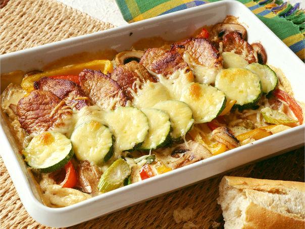 Skinkebiff og grønnsaker i form
