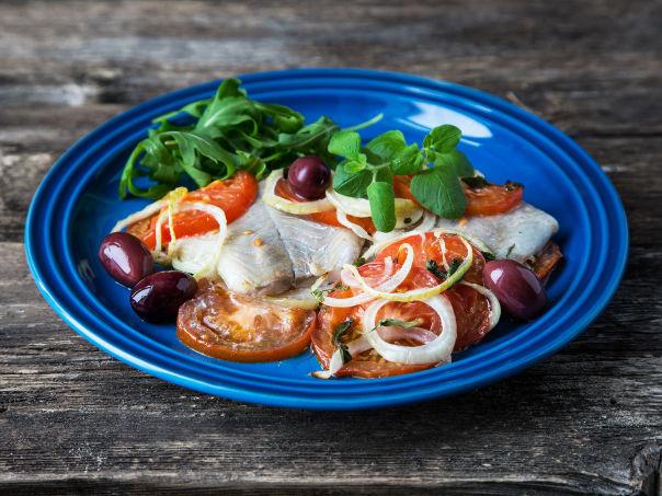Ovnsbakt sei med grønnsaker