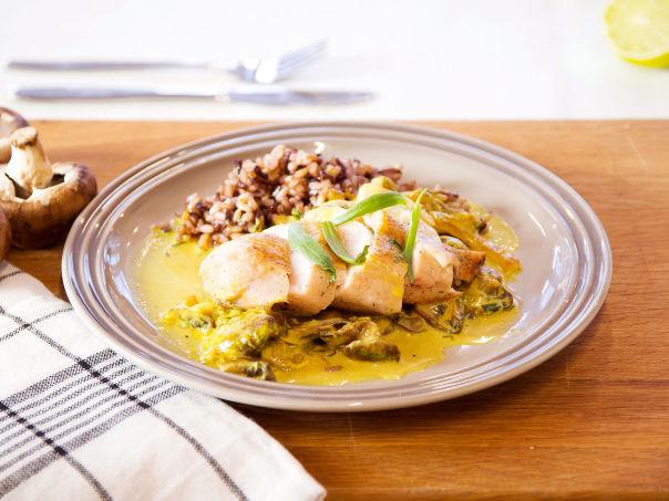 Ovnstekt kyllingbryst med estragon og soppsaus