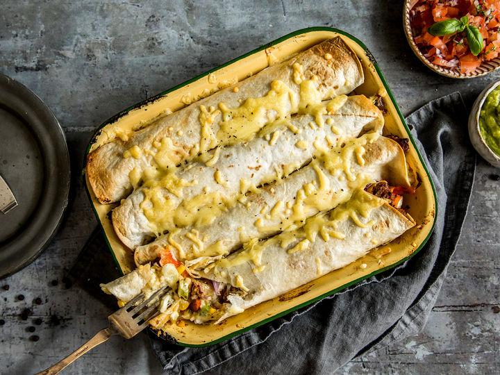 Ovnsbakte vegetarwraps med VegMe Pulled Marinert