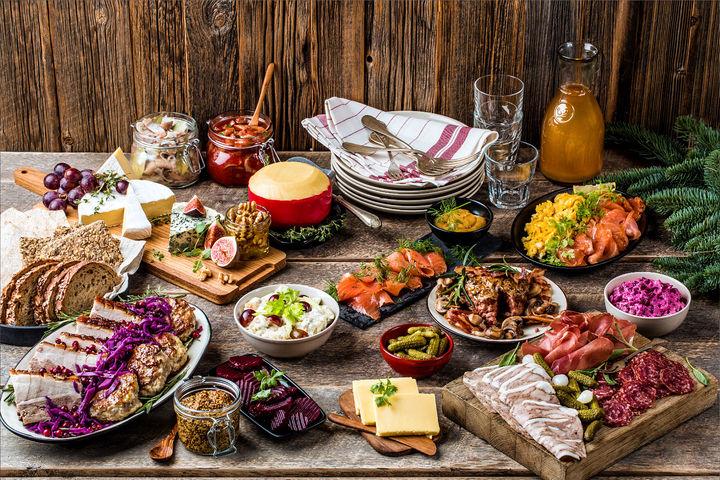 Julen byr ofte på gode, lange frokoster hvor man blir sittende å spise til langt ut på formiddagen.
