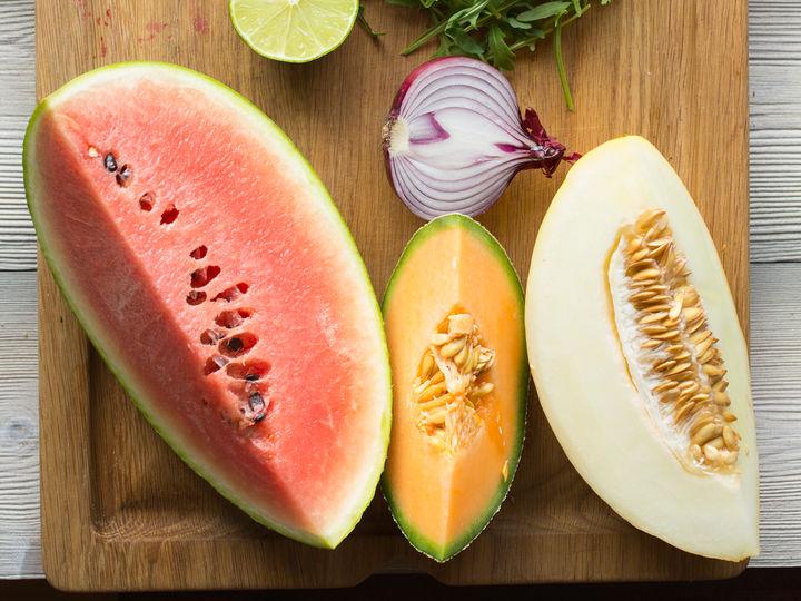 Vannmelon, honningmelon og cantaloupmelon er blant de mest vanlige melonsortene.
